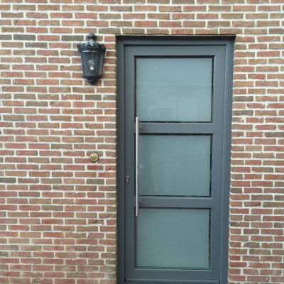 pvc deur sint-job